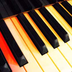 piano-keys_col_250_pix
